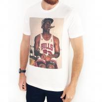 SMOKING HOT JORDAN WHITE TEE